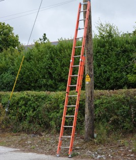 double-fibreglass-ladder