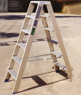 heavy-duty-industrial-step-ladders