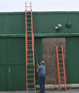 triple-fibreglass-ladder